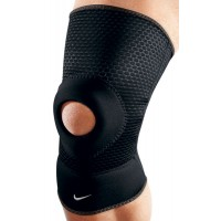 JOELHEIRA NIKE OPEN PATELLA KNEE SLEEVE - PRETO